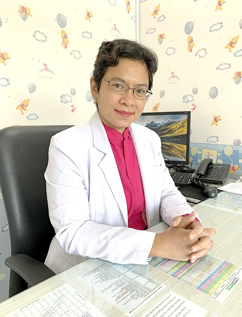 dr. Theresia Santi, Sp.A